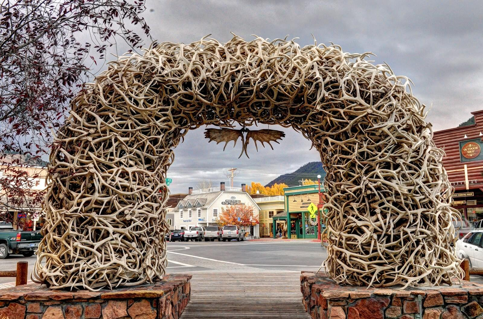 Jackson Hole must see spots include the Antler Arches in downtown Jackson.