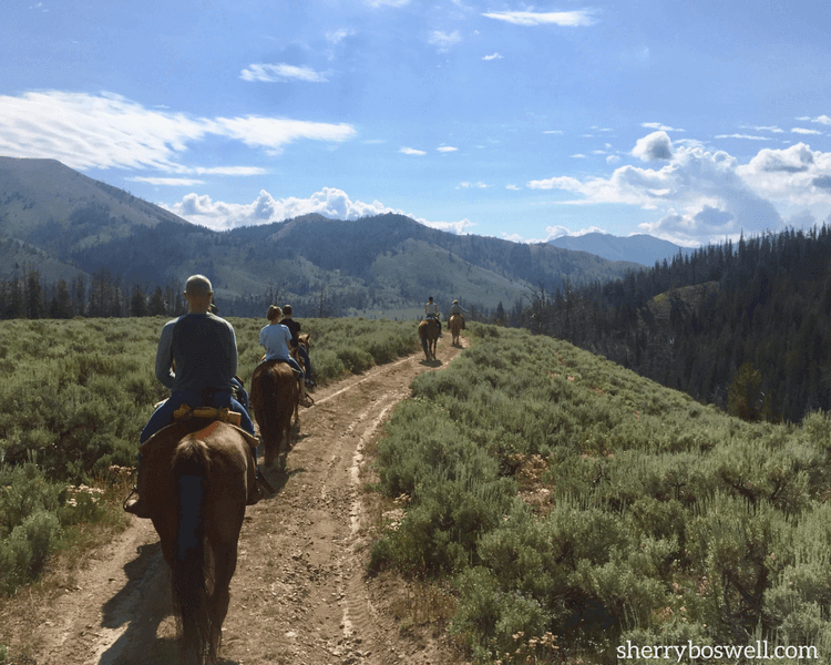 Traveling Mom visits Goosewing Ranch, tries glamping, and is amazed! Here are the glampers on their trail ride.